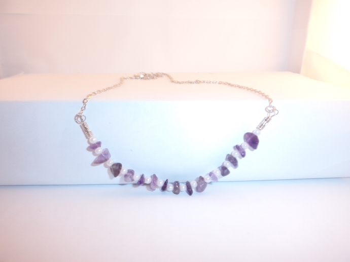Amethyst & Pearl bead necklace. F