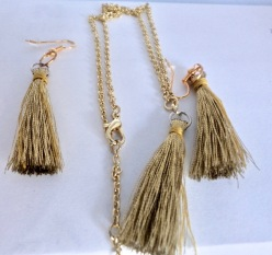 Gold Tassel Jewellery Set