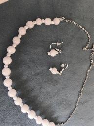 Rose quartz bead necklace & earring set